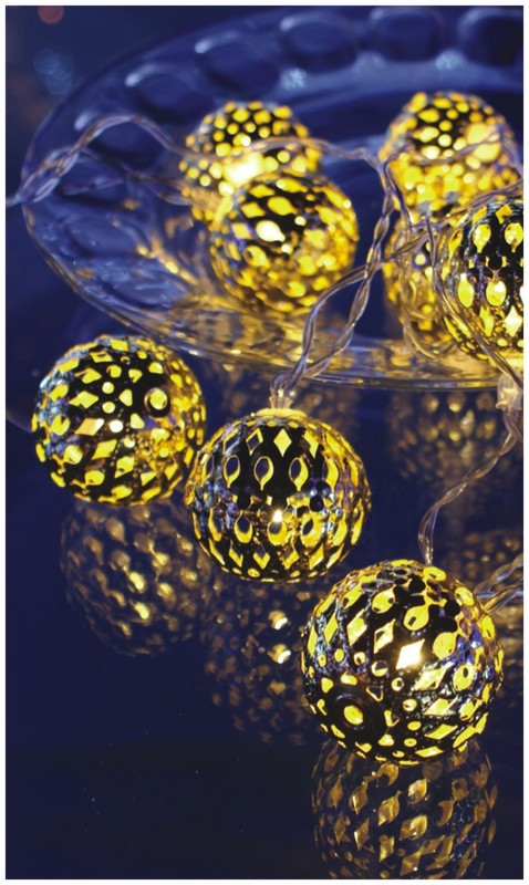 FY-009-F17 LED LIGHT CHAIN WITH BALL DECORATION FY-009-F17 LED LIGHT CHAIN WITH BALL DECORATION - LED String Light with Outfit manufactured in China
